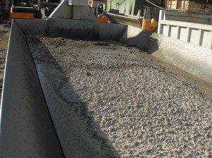 Béton  dans CEMBOX benne-avec-beton-moyen-f-300x224